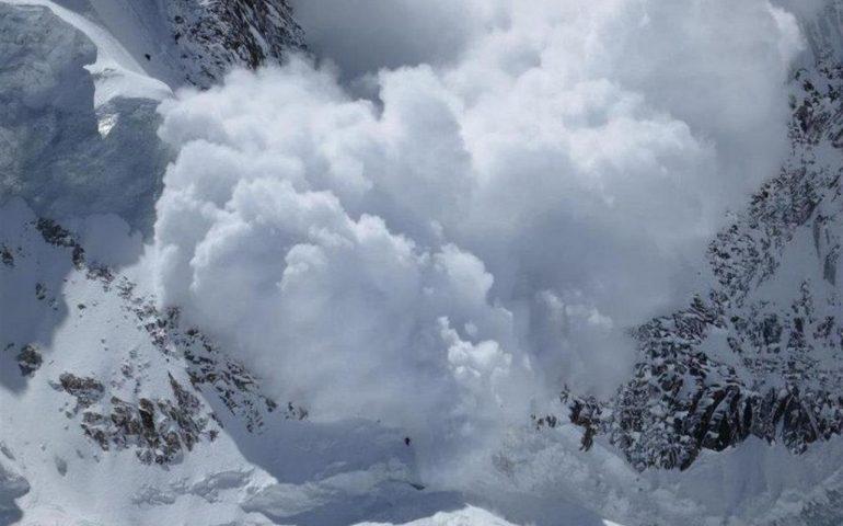 Valanghe: domenica tragica sulle Alpi. Morte tre persone.