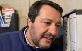 Salvini a su tzitòfonu, tra cuntierras e retzas sotziales ammachiadas