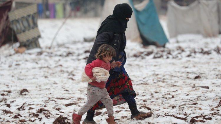 Siria: Iman, morta congelata a un anno e mezzo. Il padre la stava portando in ospedale