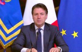 Il presidente del Consiglio Giuseppe Conte, durante una conferenza stampa.