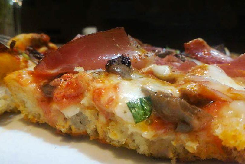 Foto pizza editata-2