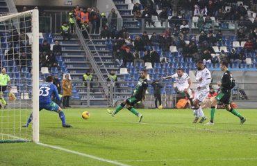 Ragatzu segna il gol del pareggio contro il Sassuolo